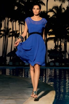 Пляжное платье с поясом  ICONIQUE